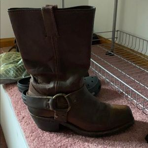 Beautiful Frye boots size 8